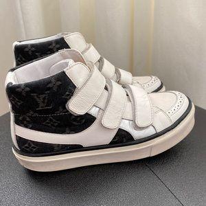 Louis Vuitton Junior Sneakers